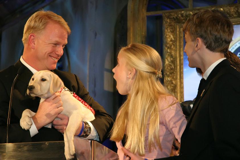 Sydney-has-a-New-Pup